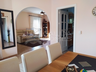 cla7379 Villa Enchantment: Resale Villa in Arboleas, Almería