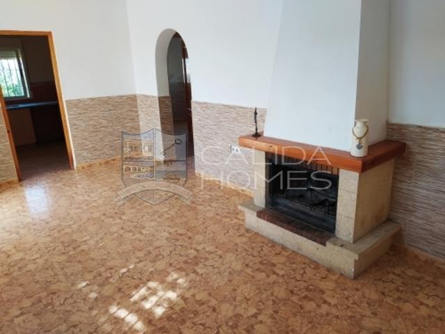 cla7383 Villa Poppy : Herverkoop Villa te Koop in El Cerrogordo, Almería