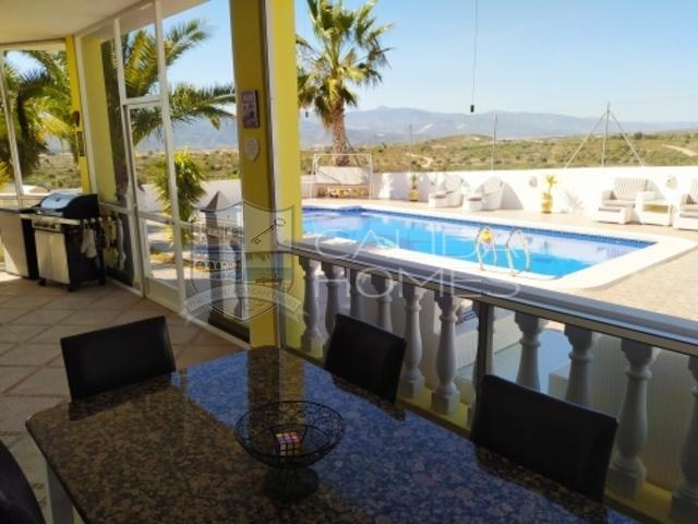 cla7389 Villa Maxwell: Herverkoop Villa te Koop in La Piedra Amarilla, Almería