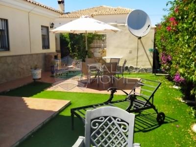cla7398 Villa Mariposa: Resale Villa in Arboleas, Almería