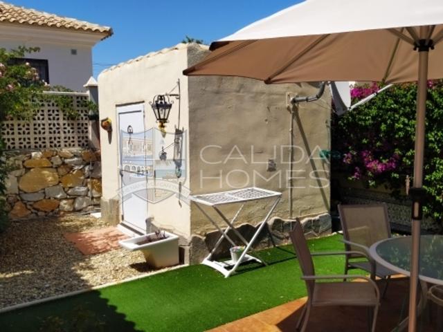 cla7398 Villa Mariposa: Resale Villa for Sale in Arboleas, Almería