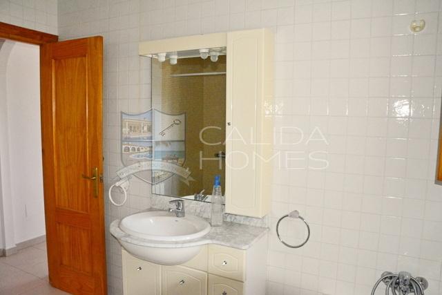 cla7410 Villa Guillenes: Resale Villa for Sale in Albox, Almería