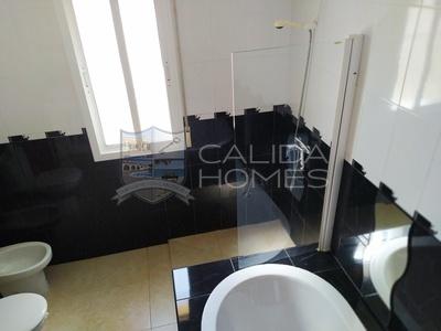 CLA7411 Villa Roka: Resale Villa in Arboleas, Almería