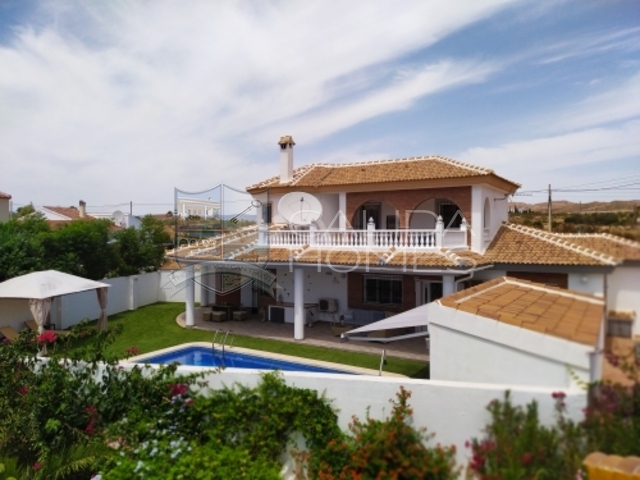 cla7429 Villa Spectacular: Resale Villa for Sale in Arboleas, Almería