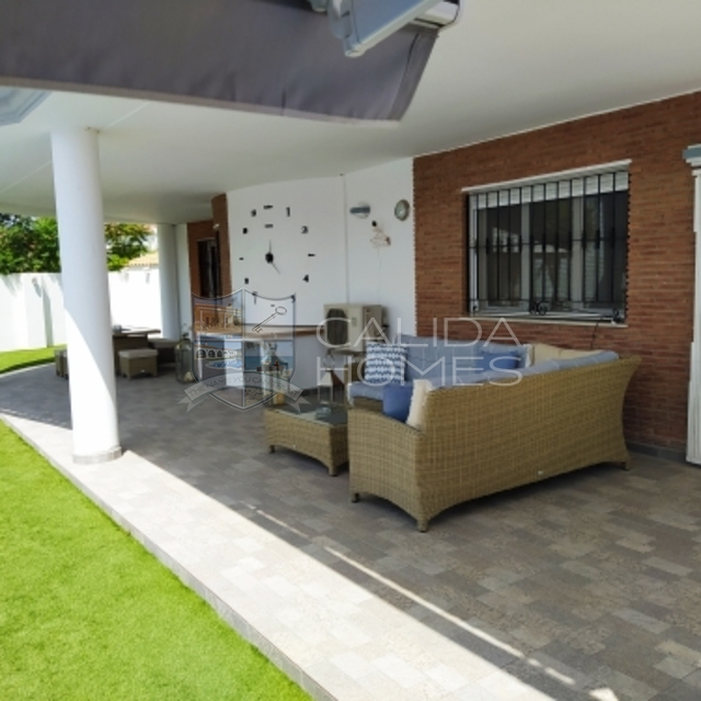 cla7429 Villa Spectacular: Resale Villa for Sale in Arboleas, Almería