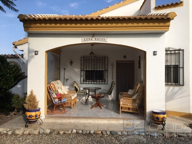 cla7433 Villa Jacaranda: Resale Villa for Sale in Arboleas, Almería