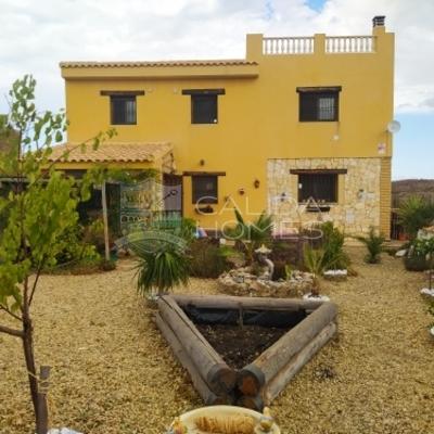 cla7436 Villa Lotus: Resale Villa in Taberno, Almería