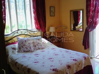 cla7437: Resale Villa in Arboleas, Almería