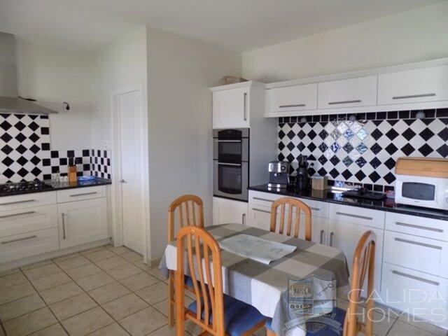 cla7441 Villa Morello : Resale Villa for Sale in Albox, Almería
