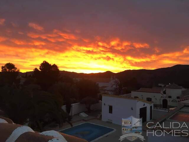 cla7442 Villa Tranquility : Resale Villa for Sale in Arboleas, Almería