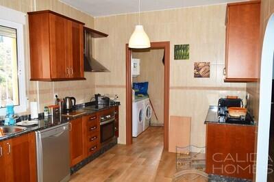 Cla7444: Resale Villa in Huercal-Overa, Almería