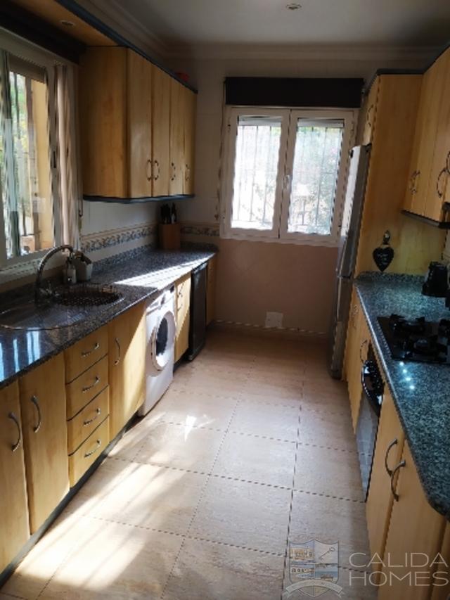 cla7456 Villa Denton : Resale Villa for Sale in Arboleas, Almería