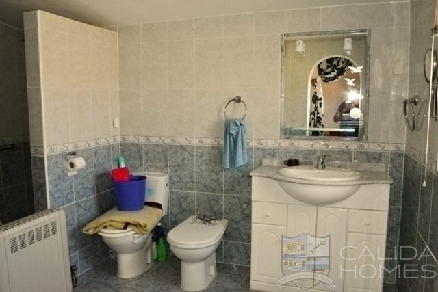 cla7458 villa Crema : Resale Villa for Sale in Albox, Almería