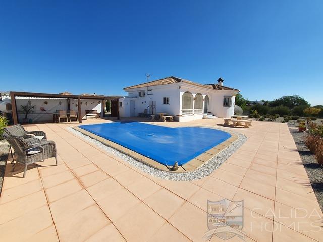 cla7509 Villa Sumptuous : Resale Villa for Sale in Albox, Almería