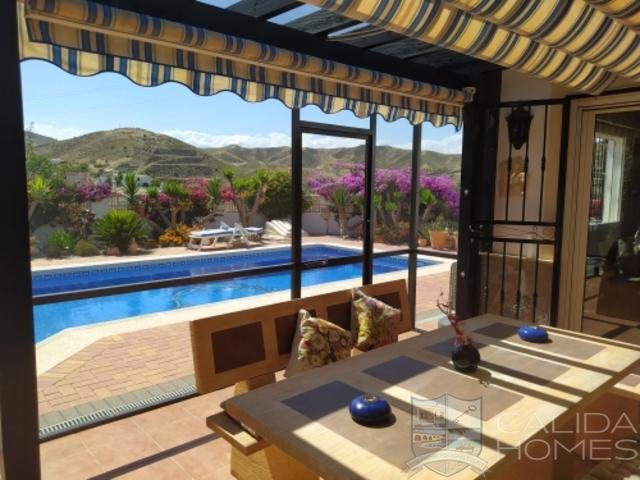 cla7535 Villa Flora : Resale Villa for Sale in Arboleas, Almería