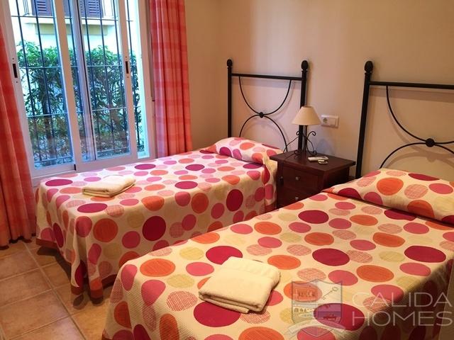 cla7582: Duplex for Sale in Vera Playa, Almería