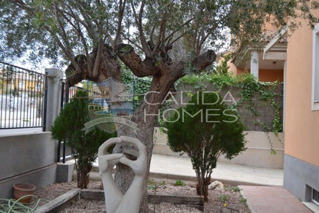 clm258: Resale Villa for Sale in Murcia, Murcia