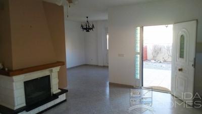 Villa Acacia: Resale Villa in Arboleas, Almería