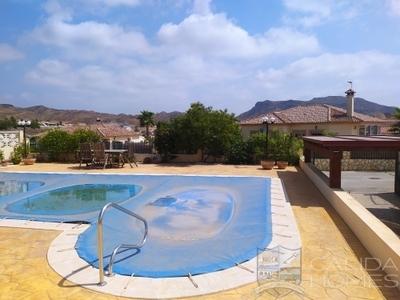 Villa Coral : Resale Villa in Arboleas, Almería