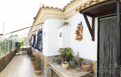 Villa Esperanza: Resale Villa in Arboleas, Almería
