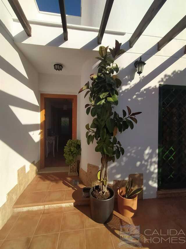 Villa Gladioli : Resale Villa for Sale in La Alfoquia, Almería