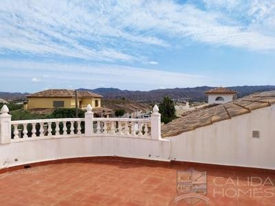 Villa Grande : Resale Villa in Arboleas, Almería