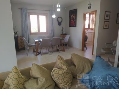 Villa Oasis: Resale Villa in Arboleas, Almería